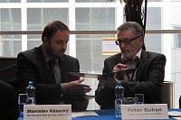 Stanislav Kázecký (vlevo) agenerální ředitel Českého rozhlasu Petr Duhan