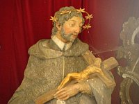 Socha Jana Nepomuckého v kapli