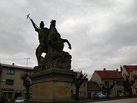 Socha sv. Jiří Drakobijce na náměstí