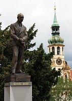 Памятник Бенешу в Праге (Фото: Барбора Кментова, Чешское радио - Радио Прагаэ)