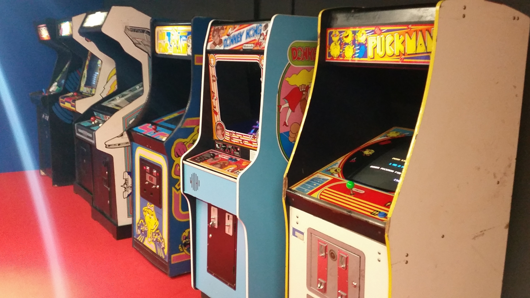 Game On invites visitors young & old to play through the history of arcade games | Radio Prague