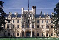 Schloss Lednice (Foto: CzechTourism)