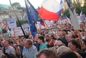 Протестные акции в Праге летом 2019 г., фото: Мартина Шнайбергова