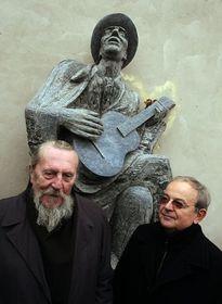 Autor des Franz-Kafka-Denkmals, Stanislav Hanzlík (links), Foto: ČTK