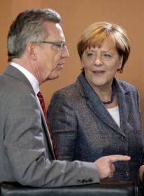 Thomas de Maiziere, Angela Merkel, photo: CTK