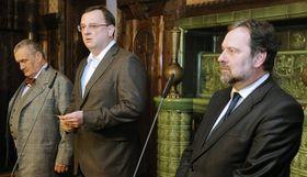 Le Premier ministre avait annoncé dimanche 22 avril la fin programmée de la coalition gouvernementale le 27 avril prochain, photo: CTK