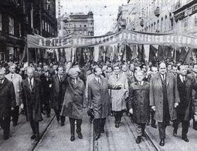 1. maj 1968 - vcele: G. Husak (vlevo), L. Svoboda, A. dubcek, F. Kriegel, J. Piller, B. Kucera