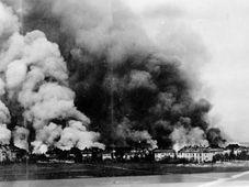 Bombardování areálu Škody Plzeň, foto: archiv Západočeského muzea v Plzni
