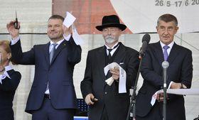 Peter Pellegrini (links) und Andrej Babiš (rechts). Foto: ČTK / Igor Zehl