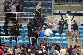 'Hooligans' en Opava, foto: CTK