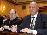 Tomáš Julínek (vpravo) a jeho mluvčí Tomáš Cikrt, foto: ČTK