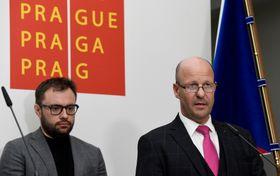 Petr Hlubuček (rechts). Foto: ČTK / Michal Krumphanzl