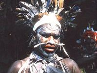 Obyvatel ostrova Matupit, foto: H. Kilberger