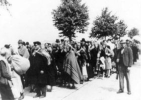 Брненский марш смерти (Фото: Post Bellum)