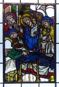 Vzácná gotická vitráž zkrumlovské hradní kaple Smrt Panny Marie zroku 1330-1350, foto: ČTK