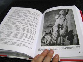 Repro zknihy Žulový Stalin
