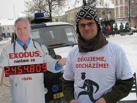 La protesta 'Gracias, nos vamos', foto: Ladislav Jerie, Benešovský deník