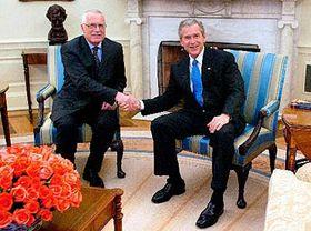 Presidente checo, Václav Klaus y presidente de Estados Unidos, George Bush (Foto: CTK)