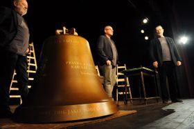 Колокол для Гавела, Фото: ЧТК