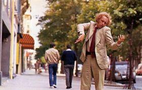 'Le Grand blond avec une chaussure noire'