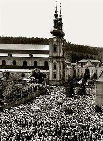 Народное паломничество на Велеграде в 1985 г. (Фото: Архив Института по исследованию тоталитарных режимов)
