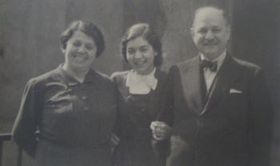 Lisa Miková with her parents, photo: archive of Lisa Miková
