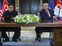 Donald Trump y Kim Jong-un, foto: ČTK/AP Photo/Evan Vucci