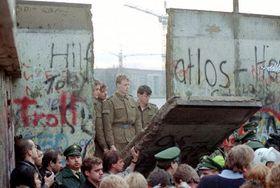 Fall of the Berlin Wall, photo: CTK