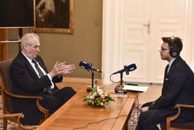 Miloš Zeman en entrevista con Michael Rozsypal, foto: Filip Jandourek, ČRo