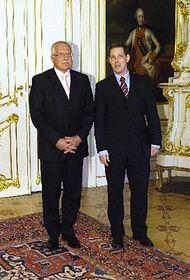 Вацлав Клаус и Станислав Гросс (Фото: ЧТК)