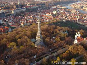 Пражский холм Петржин (Фото: CzechTourism)