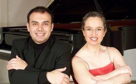 Carlos Lama y Sofía Cabruja