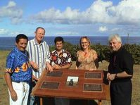Odhalování pamětních desek  v areálu muzea na Velikonočním ostrově