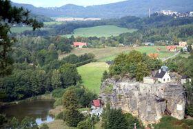 El castillo de Sloup, foto: Björn Ehrlich, Wikimedia Commons, CC BY 3.0