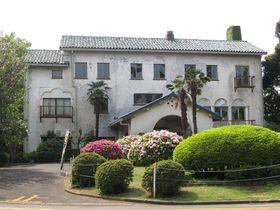 Здание Старого клуба в префектуре Канагава работы Антонина Раймонда, построенное в 1932г., Фото: ジェイ.ケイ, CC BY-SA 4.0