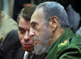 Fidel Castro y Felipe Pérez, ministro de RR.EE. cubano (Foto: CTK)