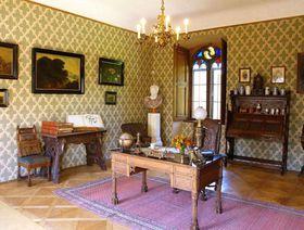 Arbeitszimmer des Fürsten (Foto: Archiv der staatlichen Denkmalschutzbehörde)