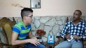 Ernesto Oliva Torres (a la izquierda), foto: YouTube