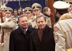 Václav Havel y Rudolf Schuster en Bratislava, Foto: CTK