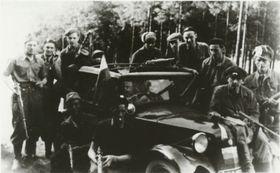 Partisanen, die in der Schacht bei Slivice kämpften (Foto: Archiv des Bergbau-Museums Příbram)
