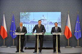 Карел Шварценберг (ТОП 09), Петр Нечас (ГДП), Радек Йон (ДО). Фото: ЧТК