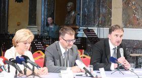 Martin Sirotek (a la derecha) de Metrostav, foto: Eliška Kubánková
