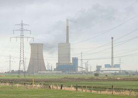 Kohlekraftwerk Mehrum (Foto: AxelHH, Public Domain)
