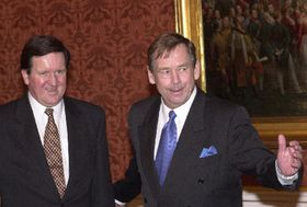 George Robertson and Vaclav Havel, photo CTK