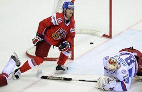Les Russes pratiquent un hockey très offensif et si vous voulez avoir une chance contre eux, il ne faut pas leur laisser trop de liberté et d'espaces, photo: CTK