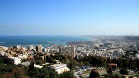 Alger, photo: Mohamed Amine BOUKHOULDA, CC BY-SA 2.0