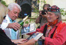 Jiří Krampol y Juan Braun bautizan el libro