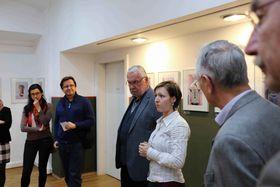 Michaela Dermauw (3. von rechts). Foto: Archiv des Tschechischen Zentrums Wien