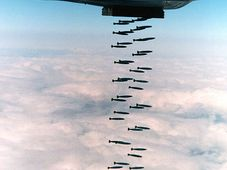 Bombenanschlag - bombový útok