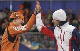 Ireen Wüst et Martina Sáblíková, photo: CTK
